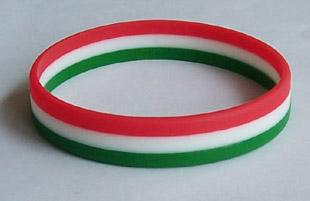 Nemzeti színű szilikon karkötők